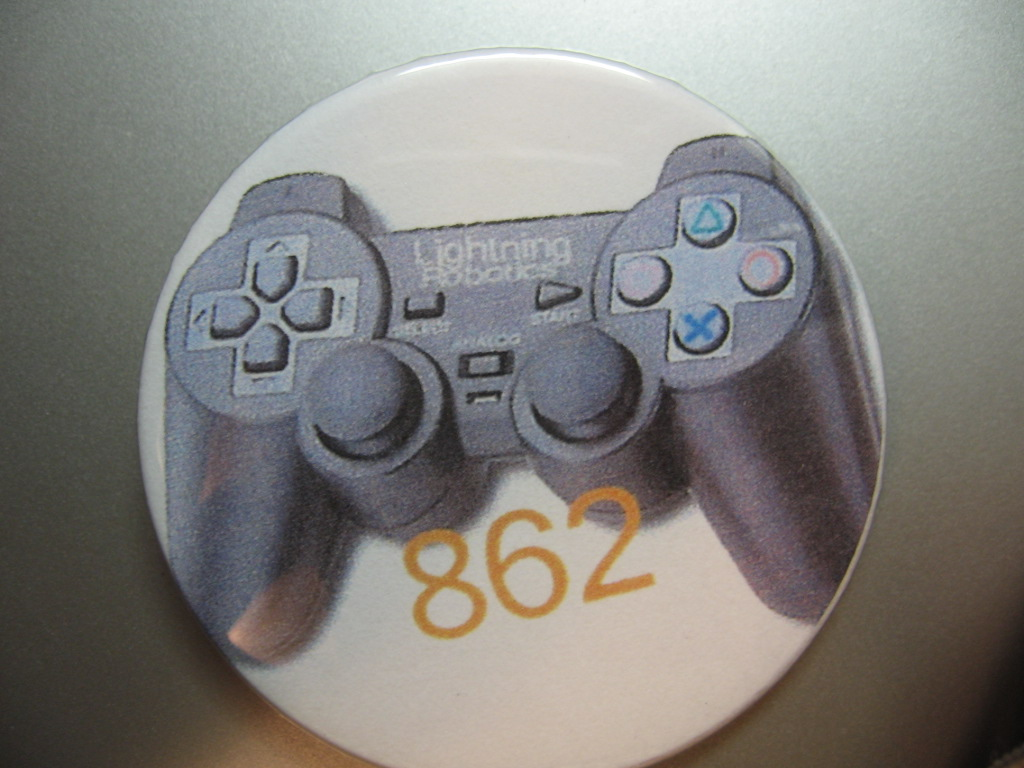 pic: Lightning Robotics PS2 Controller button - CD-Media: Photos